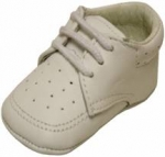 Boys infants crib shoes lace up w/ holes-White