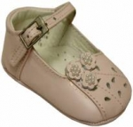 Girls Infants crib shoes with flowers & pearls-Pink
