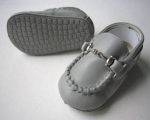 Moccasin Cow Leather w/ Chain-Gray