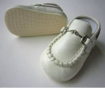 Moccasin Cow Leather w/ Chain-Ivory