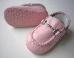 Moccasin Cow Leather w/ Chain-Pink